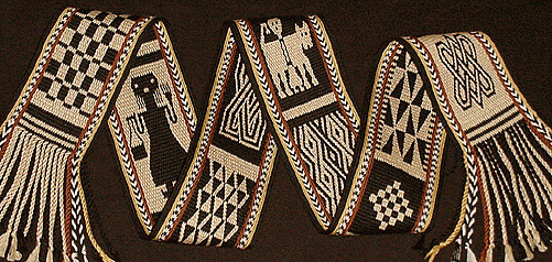 band with motifs from African textiles